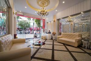 A seating area at Hanoi Royal Palace Hotel 2