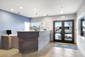 The lobby or reception area at Days Inn by Wyndham Ellensburg Conference Center