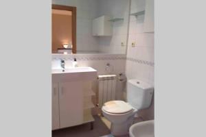 A bathroom at casa unifamiliar