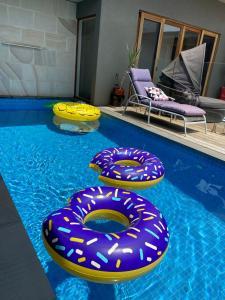 The swimming pool at or near Tarakan Escape Sorrento
