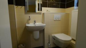 Ein Badezimmer in der Unterkunft Villa Am Ehrensteig