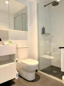 A bathroom at ReadySet Apartments at Lighthouse