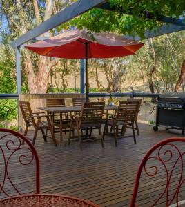 A restaurant or other place to eat at Friends at McLaren Vale