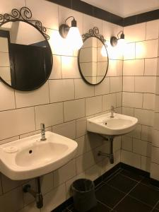 A bathroom at The Marian Boutique Lodging House