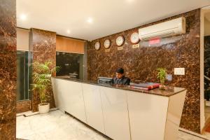 The lobby or reception area at Hotel Almati Inn at Delhi Airport