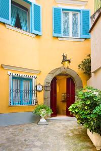 The facade or entrance of Villarena Relais