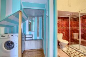 A bathroom at Apartamenty u Romana