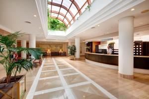 De lobby of receptie bij Hipotels Marfil Playa