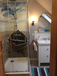 Ein Badezimmer in der Unterkunft Exklusive Apartments in der Villa Eule
