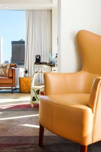 A seating area at Mondrian Park Avenue