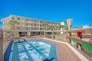 The swimming pool at or close to Sundestin Beach Resort #815