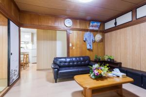 Kariyushi Condominium Resort Naha you-yaにあるシーティングエリア