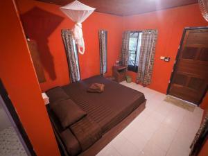 Een bed of bedden in een kamer bij Chilling Hill Guesthouse