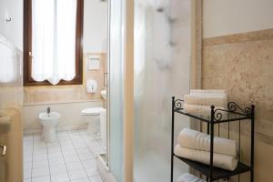 Um banheiro em Corte Canal Venice