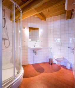 A bathroom at Molen Hunsingo