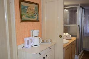 Koupelna v ubytování George Pension