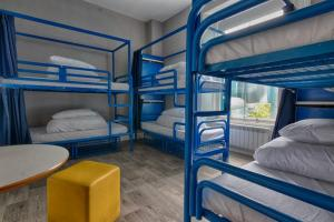 A bunk bed or bunk beds in a room at Dungarvan Hostel and Bed and Breakfast