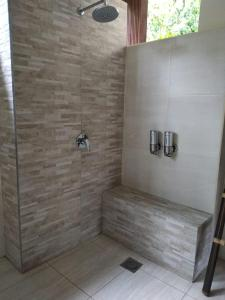 A bathroom at Rama Shinta Hotel Candidasa