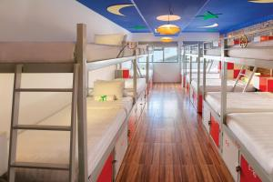 A bunk bed or bunk beds in a room at Old Quarter View Hanoi Hostel