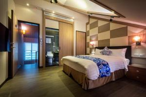 南庄雲水度假森林房間的床