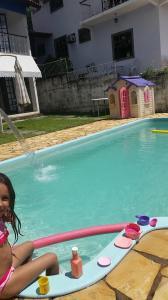 A piscina localizada em Pousada Pedacinho do Céu ou nos arredores