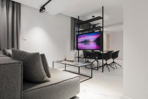 A seating area at Heritage Boutique Apartments