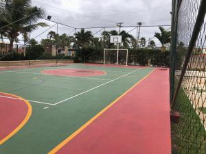 Tênis e/ou squash em Lazer completo 2 quartos frente Parque Aquatico ou nos arredores