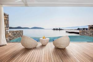 The swimming pool at or near Elounda Beach Hotel & Villas, a Member of the Leading Hotels of the World
