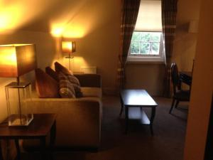 A seating area at Dumfries Arms Hotel