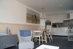 A kitchen or kitchenette at Willem
