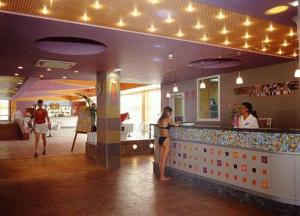 The lobby or reception area at Hotel Com - All Inclusive