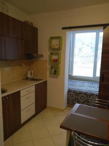 Kuchyň nebo kuchyňský kout v ubytování Apartmán Mery