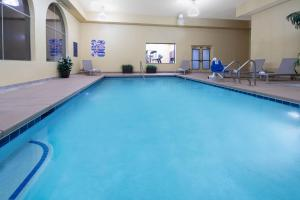 The swimming pool at or near Baymont by Wyndham Las Vegas South Strip