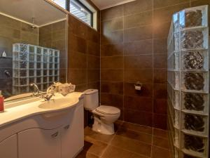A bathroom at Onuku Outlook - Akaroa Holiday Home