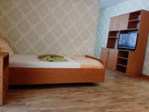 Кровать или кровати в номере Elmona Villas