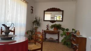 The lobby or reception area at El Condado Casa Rural