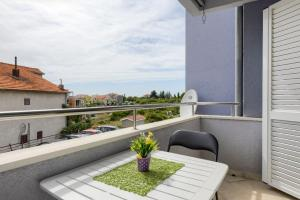 A balcony or terrace at Apartment ROZA