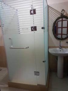 A bathroom at Villa Nile House Luxor