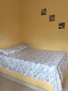 Cama o camas de una habitación en Recanto das Pedras São Leopoldo