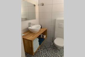 Um banheiro em Beautiful House near Mangel Halto Beach