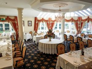 A restaurant or other place to eat at Hempstead House Hotel & Restaurant