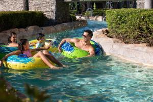 The swimming pool at or close to Hilton Orlando Bonnet Creek