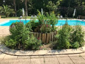 The swimming pool at or close to Le Moulin Haut