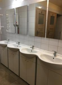 A bathroom at Noclegi Pracownicze