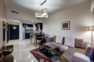 Гостиная зона в Ghaya Grand Hotel & Apartments
