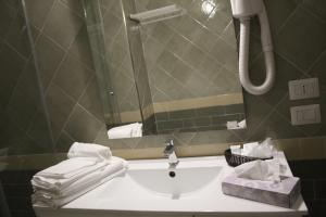 A bathroom at La Dea dell'Abbondanza