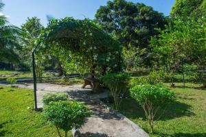 A garden outside Kalu's Hideaway Udawalawe
