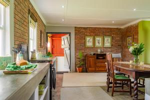 A kitchen or kitchenette at Springvale Farm