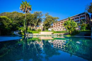 The swimming pool at or near Olissippo Lapa Palace – The Leading Hotels of the World