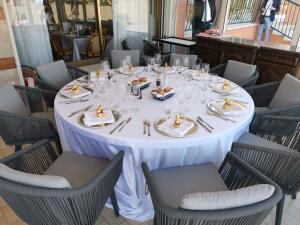 Restaurace v ubytování Hotel Sara